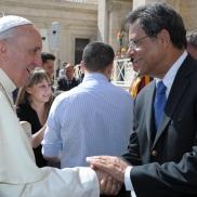 Papa Francisco y Felucho Jiménez conversan