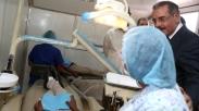 Danilo Medina supervisa trabajos del Plan Dental en Nizao.